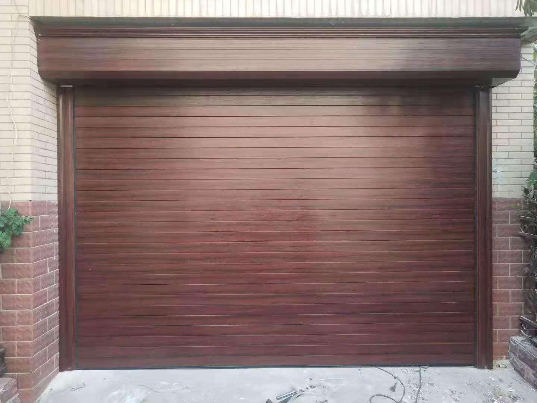 防火卷帘门设置一套专用的消防系统